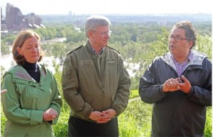 Stephen Harper, Alison Redford and Naheed Nenshi in Calgary during the June 2013 floods.